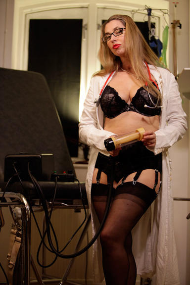 Medical-Play-Venus-2000-Mlking-Kings-Cross-London