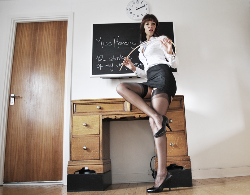 beautiful-caning-London-Mistress-Kings-Cross-London