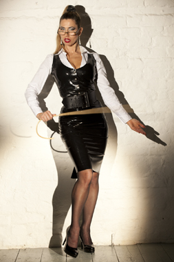 Mistress Domatella-Rubber Secretary-punishment-dominatrix-kings-cross-london